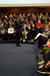 """Uwierz w siebie i wygraj pasję"""" – manifest złożony przez 460 uczniów lubuskich szkół podczas warsztatów w murach naszej Akademii, zapadnie w pamięci naszych zacnych gości_11"""